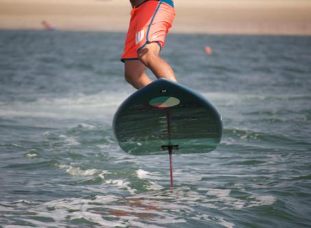 Wing surf à La Baule : pourquoi vous devez absolument essayer cette activité nautique ?