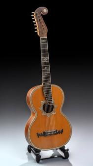 Julio Heinr. Zimmermann 1902 7 strings russian guitar ex. Armas Järnefelt, Moscow
