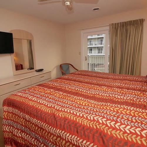 Lucayan Resort