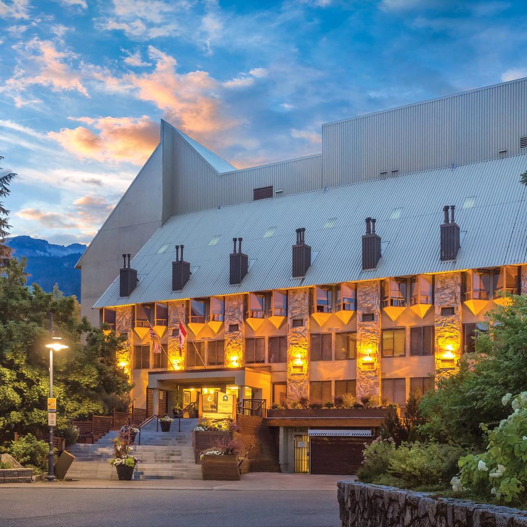 Mountainside Lodge