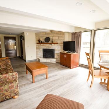 Fox Hills Resort