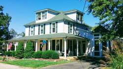 Colonial Beach Plaza Bed and Breakfast