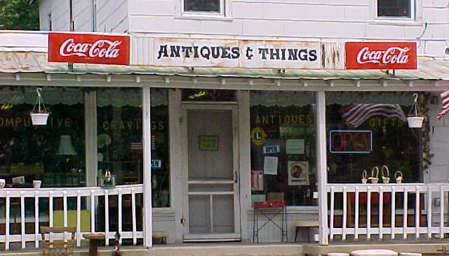 Colonial Beach Plaza antique store.JPG