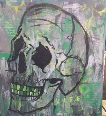 green. (Skull 3)