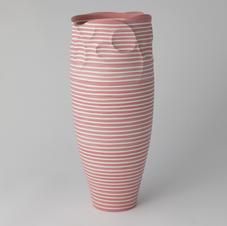 Porcelain Elongated vase Linear Flow III 선의흐름 3 by Cho
