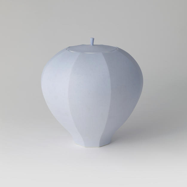 White Porcelain Faceted Lidded Jar 1(BLUE 1) by Shin Dongbeom