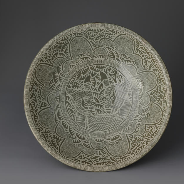 Buncheong Large Bowl with Deer Decoration