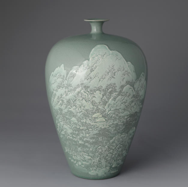 Celadon Vase with Snowy Scenery Decoration
