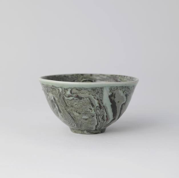 Celadon agateware tea Bowl 2 연리 문 다완 N 2 by Shin Chul