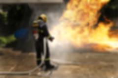 HP_Feuerwehrmann_Strahlrohr.png