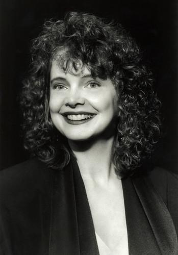 Pamela Decker
