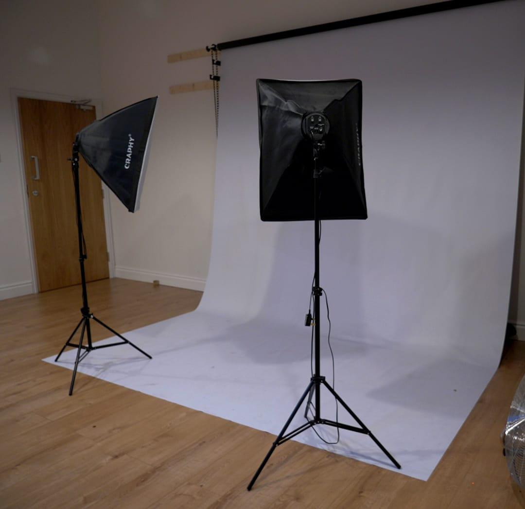 Studio 4 Hours  Sat - Sun