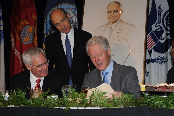 Zobrist, Zedek, Pres. Clinton.jpg