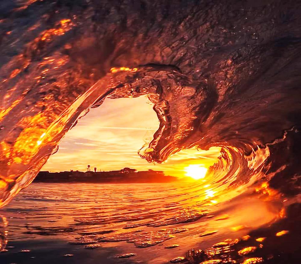 wave and sunrise