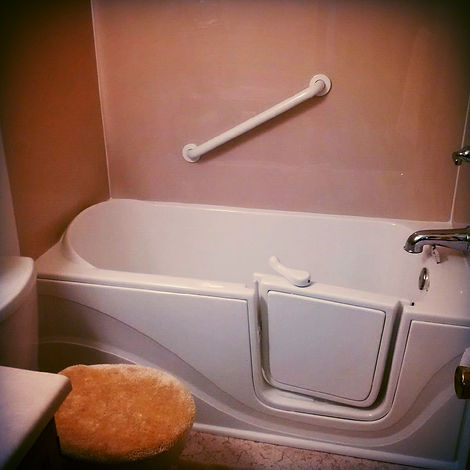 Standard Tub with Door