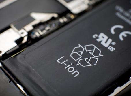 Дымящаяся батарея iPhone привела к госпитализации сотрудников Apple Store
