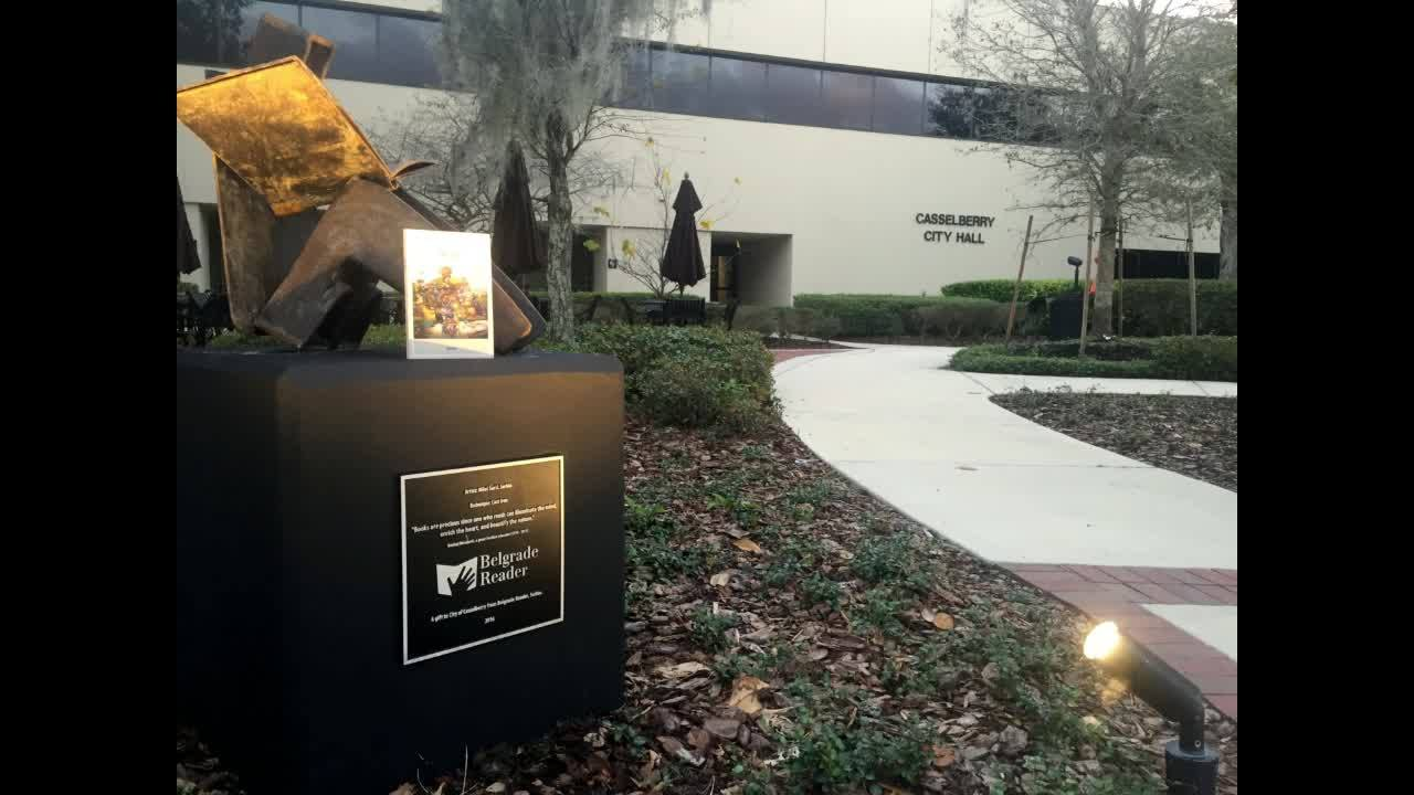 Srpski spomenik knjizi na Floridi