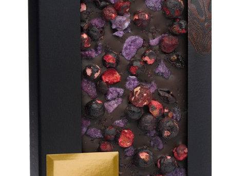 Горький шоколад Syrah с морской солью,красным вином, лепестками фиалки