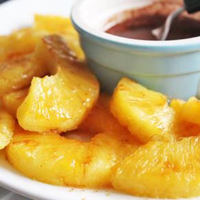 Gegrilde ananas met honing-kaneel dressing