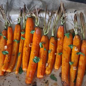 Geroosterde worteltjes met knoflook