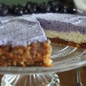 Raw cheesecake met blauwe bessen
