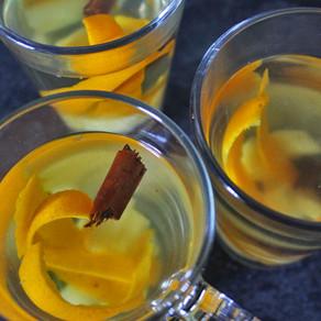 Kruidenthee met gember, kaneel en sinaasappel