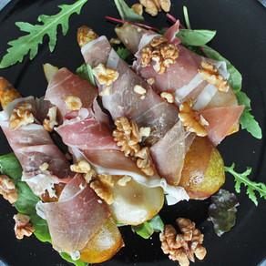 Gekarameliseerde peren met prosciutto
