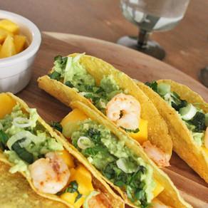 Taco's met garnalen, mango en avocado