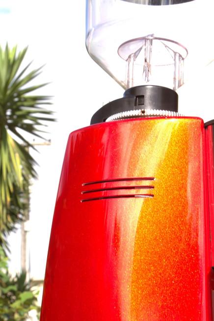 Sunburst Mazzer Royal - Outside in the sun