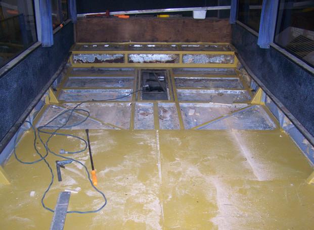 Autobus Floor and Seat03.JPG