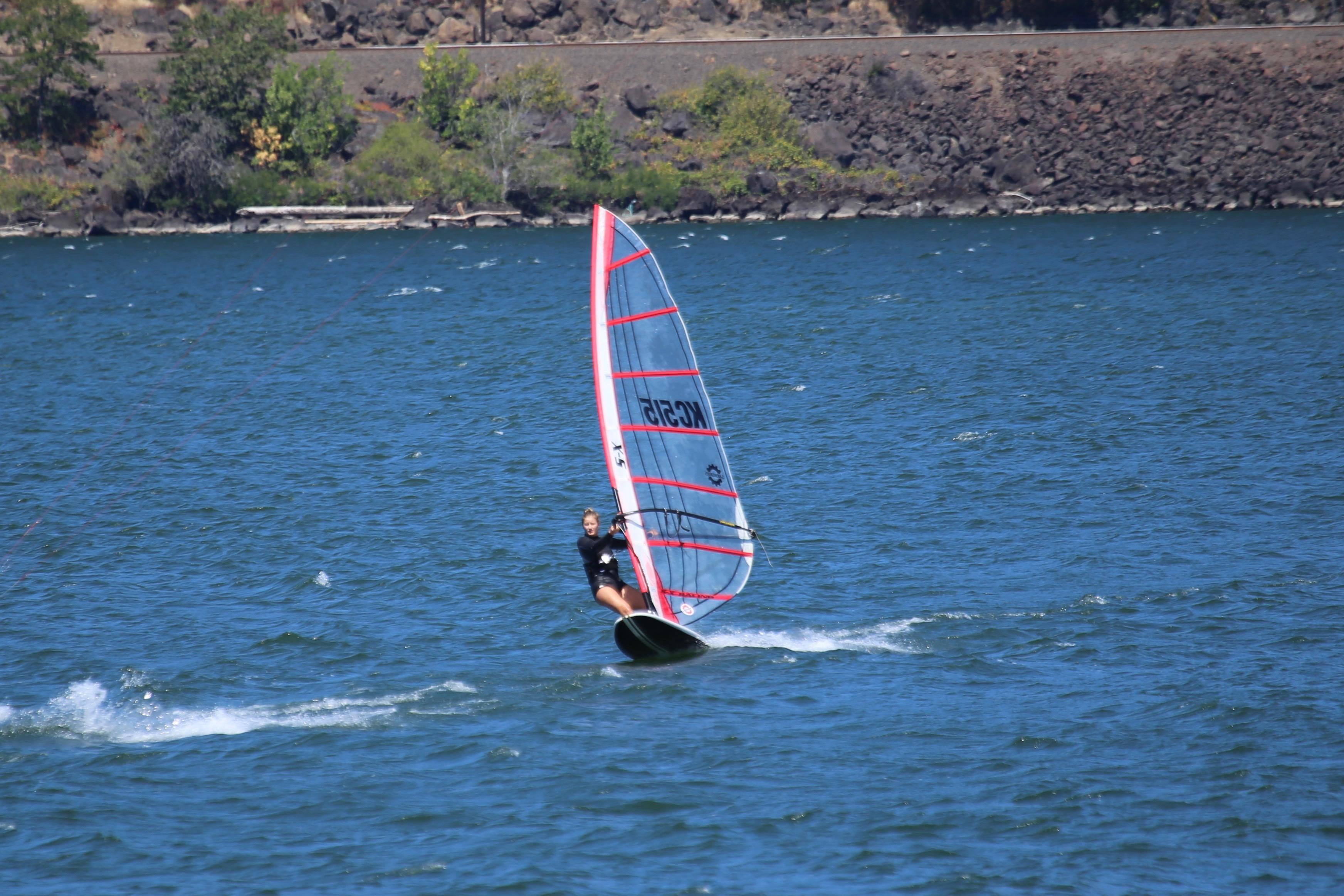 Hood River, Oregon, Robert's board