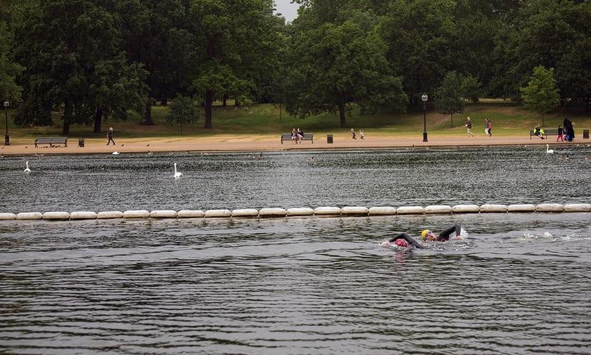 Zwemmen in Hyde Park, centrum Londen