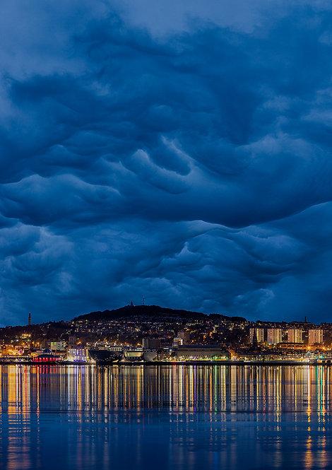 Peculiar Clouds Dundee
