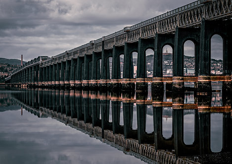 Dundee Reflections