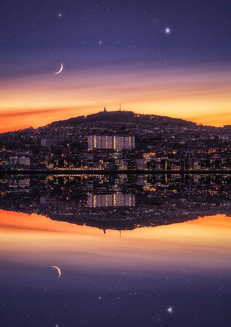 Dundee Moon & Venus