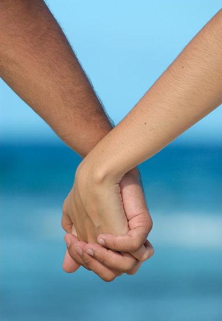 holding_hands2.jpg