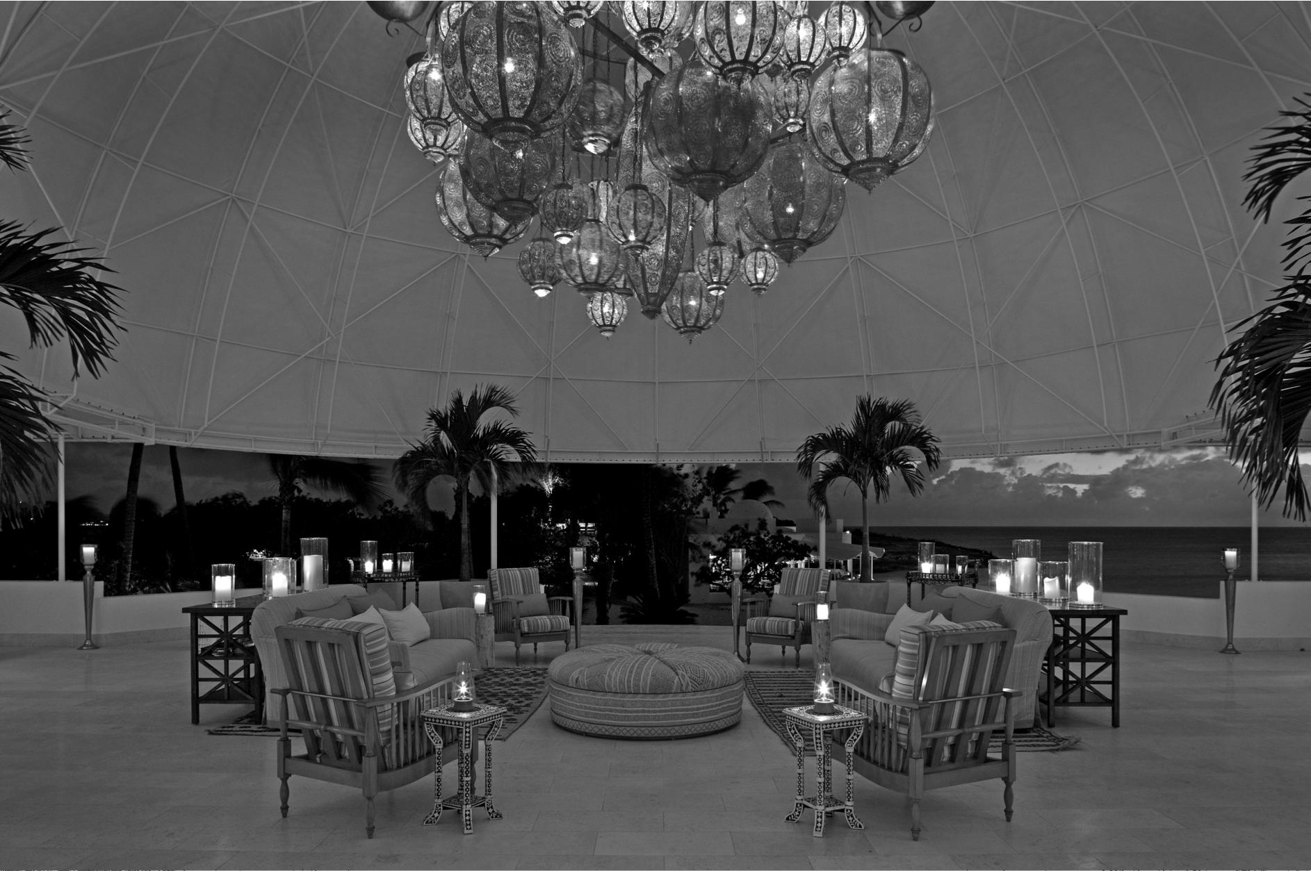 HMG Dome BW