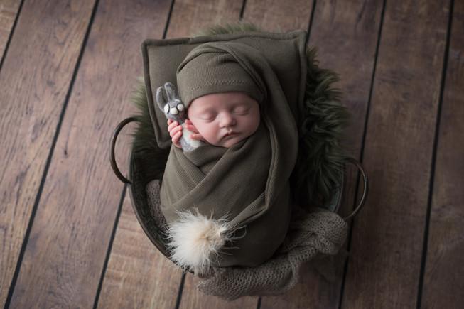 Newborn_Loghan-14-0635.jpg