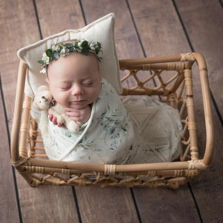 Newborn_Maylea-12-0405.jpg