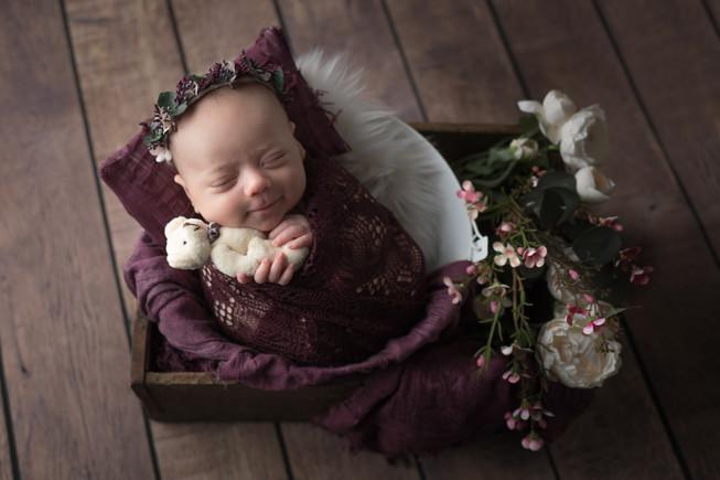 Newborn_Maylea-13-0410.jpg