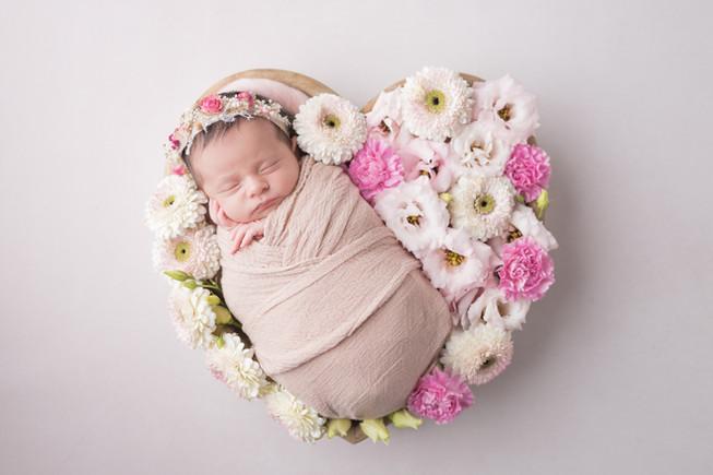 Newborn_Aliz-11-6320.jpg
