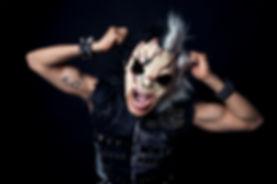 Bl3nd black n white mask.jpg