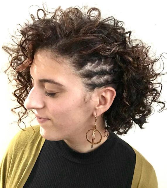 Twisted curls