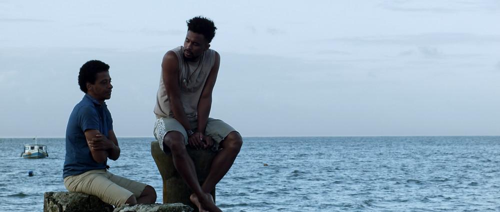 Aldri Anunciação e Renan Motta no filme baiano Ilha (2018) | Foto: Divulgação (Mostra Internacional de Cinema em São Paulo)