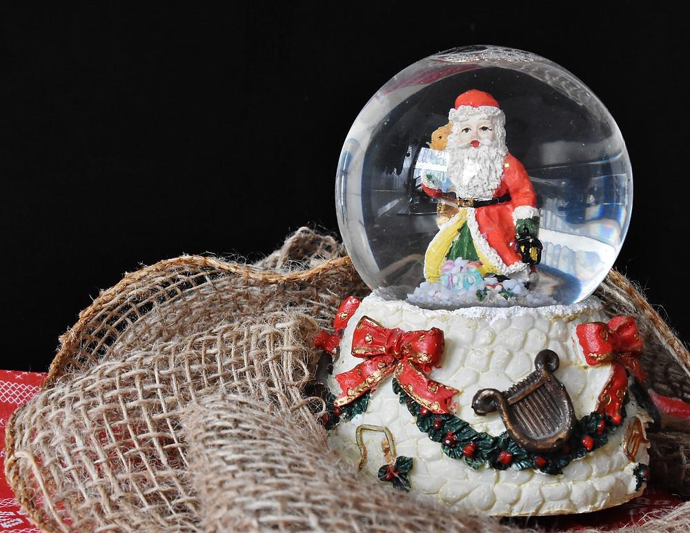Globo de neve do Papai Noel | Foto: RitaE por Pixabay