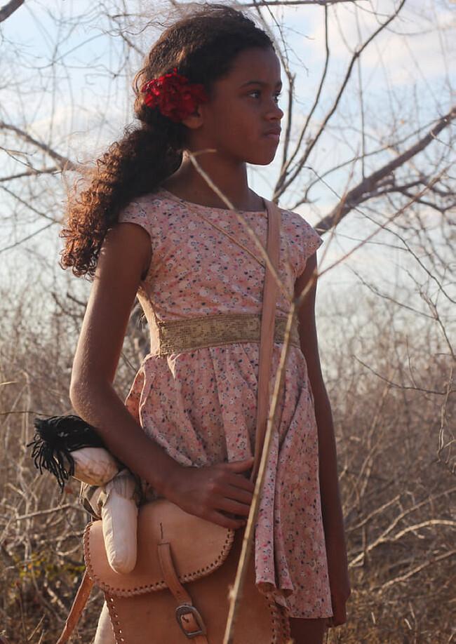 Kiarah Rocha em cena do filme brasileiro Rosa Tirana (2020), produção baiana dirigida por Rogério Sagui | Foto: Divulgação (Créditos: Thais Cassia)