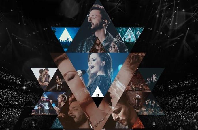 Capa do álbum Nossa História – Ao Vivo (2020), da dupla Sandy e Junior | Foto: Divulgação