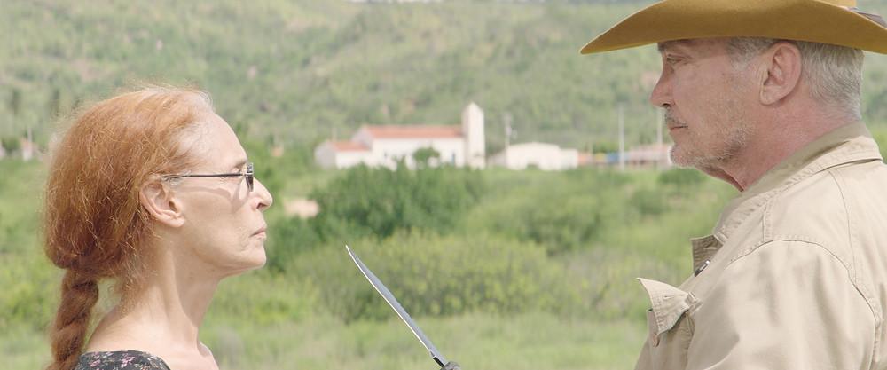 Sonia Braga e Udo Kier em cena do filme brasileiro Bacurau (2019), de Juliano Dornelles e Kleber Mendonça Filho | Foto: Divulgação (Créditos: Victor Jucá)