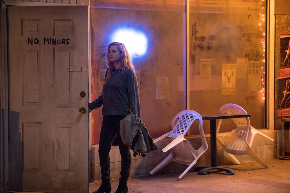 Amy Adams em cena da minissérie Sharp Objects (2018) | Foto: Divulgação (HBO)