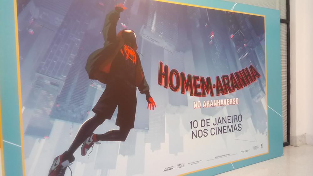 Banner de Homem Aranha: No Aranhaverso (2018) na Expocine18   Foto: Nayara Reynaud